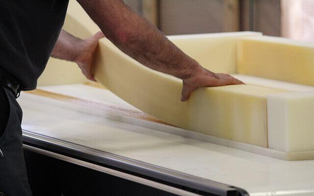 Mattress-Manufacturing-Frame-Positioning