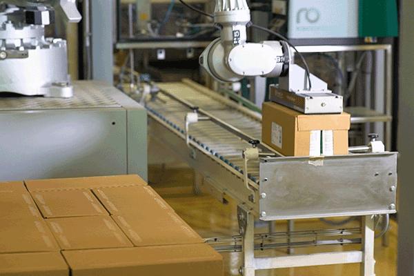 Sistema di stabilizzazione pallet AntiSlip Gluing da Swissmill | Robatech
