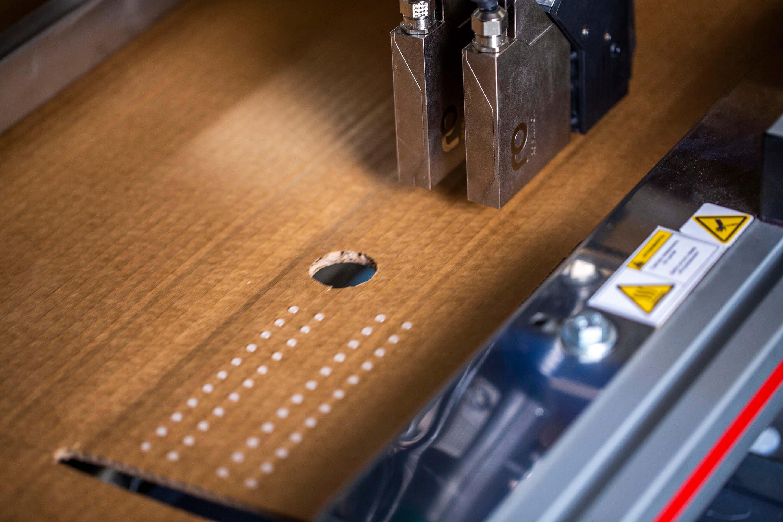 SpeedStar-Compact-Stitching